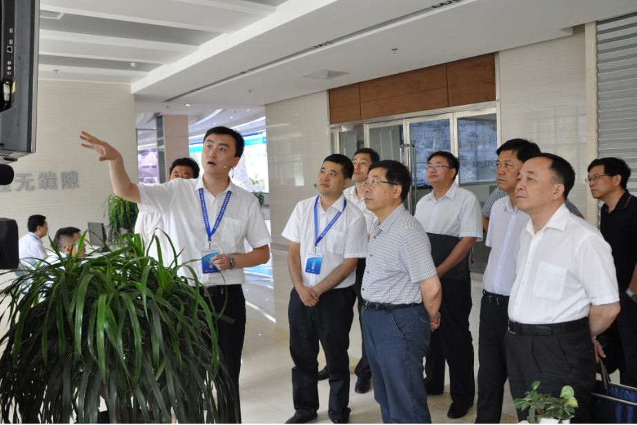 陈宝生调研三维数字社会服务管理系统应用情况